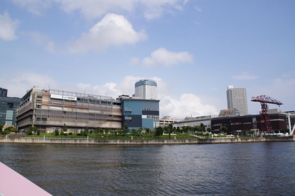 ららぽーと豊洲は別名「アーバンドック」船着き場があります。