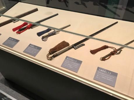 明治大学博物館へ。刑事部門には銭形平次でお馴染みの十手が。